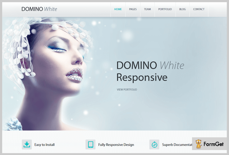 Domino WordPress Themes Black and White